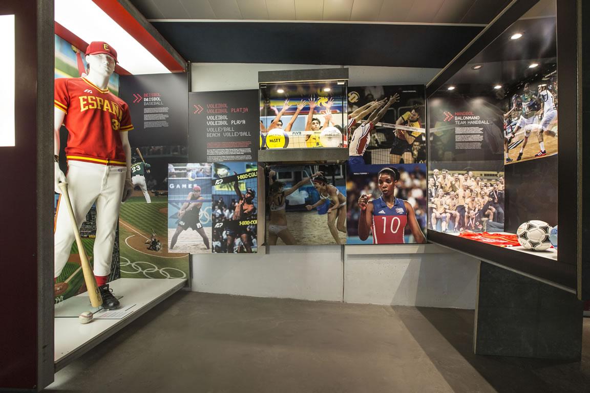museu-olimpic-bcn-passatge-esport_02
